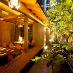 全席完全個室。庭園を眺めれる個室は接待や顔合わせに最適です