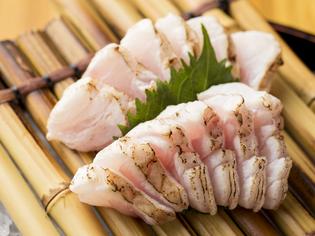 希少な高級食材を積極的に取り入れ、当店ならではのグルメを探求
