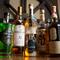 お酒の多くは1コイン。レアなお酒も驚きの価格で楽しめる
