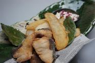 食べる方の満足感を追求した『宝楽こぼれ寿司』
