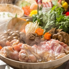 2.5H飲み放題 【風自慢!絶品料理&選べる鍋7種類コース】4000円
