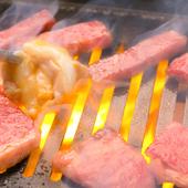 生の国産肉にこだわり、丁寧に仕込み