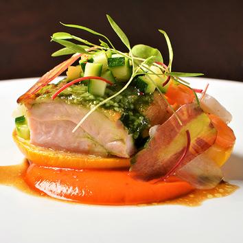 【スタンダードコース】魚も肉も両方楽しめるフルコース。全6品