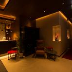 静かに過ごせるプライベートルームは、接待や会食にも最適