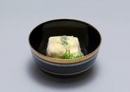 京都豆腐をパリッと揚げた『からし豆腐』