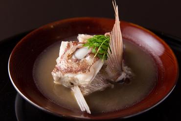 小山氏の徳島への郷土愛が結実した『鯛の淡々』