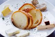 シェフ曰く、3大生ハムよりも美味しいというイタリア産サンダニエーレの生ハムです。絶妙な塩加減で非常に美味しいです。