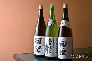 道内を中心とした約30種の日本酒。地元のみ流通する希有な1本も