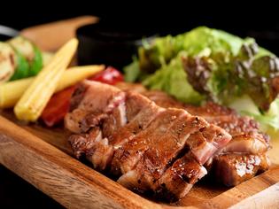 野菜は国産のみ、肉は愛知県内のブランドものを使用しています