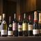 肉料理によく合う厳選ワインがラインナップ。気軽に試してみては