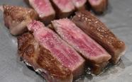 色とりどりの旬野菜と、上質な肉の旨みをダイレクトに味わえるコース『厳選黒毛和牛サーロインコース80g』