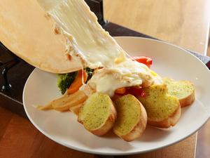 チーズ好き女子にはたまらない逸品『北海道産ラクレットチーズ 1ラクレ』