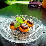 塩チーズフィナンシェ~ショコラオミニョネット~チョコレートをコーティングした後に黒胡椒で仕上げました。