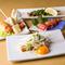 毎日和歌山から仕入れる、刺身でも食べられる新鮮な朝びきの鶏肉