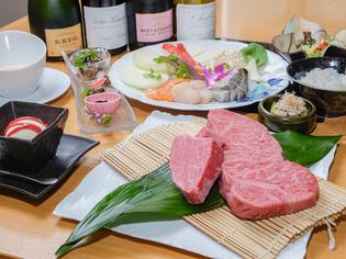 肉の旨みをこころゆくまで『特選神戸牛ステーキコース』