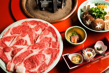 松阪牛の圧倒的な美味しさが際立つ『寿き焼』