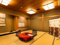 和の風情が漂う落ち着いた個室が、ゲストの大切な時間を約束