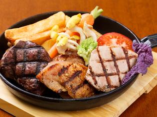 信州が誇る肉3種と高原野菜の贅沢な饗宴『信州グリルコンボ』