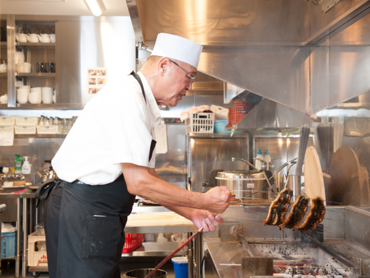 お客さまの視点を意識した料理・サービスを