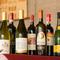 料理に合うイタリア産ワインが充実、選べるグラスワインも嬉しい