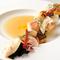 シェフ感動の一皿に季節の彩りを添えて『春の海の幸とファットリア野菜のブイヤベース』