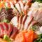 市場直送の新鮮鮮魚で仕上げる逸品の数々