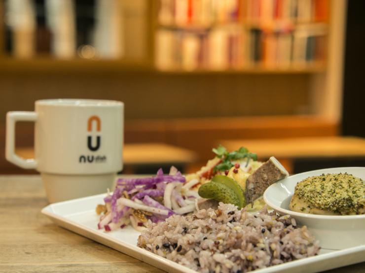 ニューディッシュ ムース デリ&カフェのランチプレート
