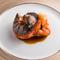 天ぷらをイメージして甘さと食感を引き出す『オマール海老』