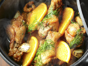 丸鶏のローストチキン鉄鍋オーブン(3~4人前)