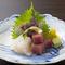 新鮮な魚介を味わえる『お造り三種盛り』