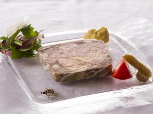 十和田産の食材を中心に仕入れ。鮮度抜群のお魚もどうぞ