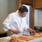 一人でも気兼ねなく、くつろいで美味しいお寿司を