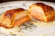 カナダ産オマール海老のシャンパーニュ蒸し シャンパーニュソース 金時芋のガレット添え