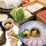 ※お料理は全て大皿盛りでのご用意となります。 ※写真はイメージです。詳細はコース内容をご確認ください。 ※ご予約内容、人数変更は食材の手配上ご予約日の2日前までのご対応です。それ以降の変更はキャンセル料が発生致します。