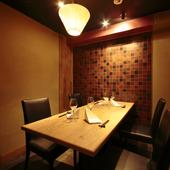 テーブルタイプの個室席あり、上司に自慢できる接待向きの空間