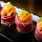 大きくて濃厚クリ―ミィな生牡蠣!生きた牡蠣を北海道から直送し、生けす保管しています。浜焼or生牡蠣としてお召し上がりください。 瀬戸内がシーズンの時期は広島産や兵庫相生産が入荷します。