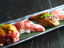 肉寿司食べ比べ(フォアグラ・神戸牛・黒毛和牛・生うに牛肉巻き)