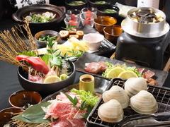 活鮑、本鮪刺身、鯛キャビアのせ、黒毛和牛炙り、穴子、はも、すずき、明石蛸炊込みご飯&トリュフ、浜焼等