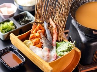 肉寿司食べ比べ(フォアグラ・A5神戸牛・黒毛和牛・生うに牛肉巻)