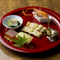 季節の野菜、魚と、そば料理を組み合わせた懐石コース。接待などおもてなしの場におすすめです