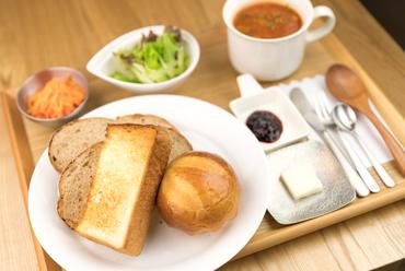 自家製パン3種が一度に『A Lunch Set 自家製パン』
