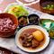 毎日変わる献立『今日のひと皿』 今日のお米 沖縄食材料理 サラダ 沖縄小鉢 スープ付き