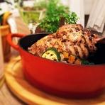 十勝平野が育む一流銘柄の田舎鶏『中札内鶏』レッグのダッチオーブングリル
