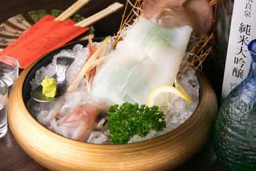 新鮮さが命。イカの美味しさが広がる『呼子のイカの姿造り』