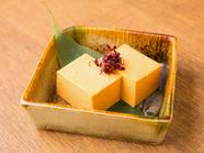 店のオリジナルメニュー『ウニチーズ豆腐』