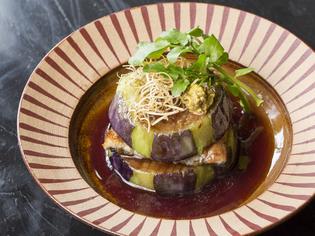 信州の伝統野菜でつくる『鰻とていざ茄子の赤ワインソース』