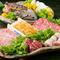 海の幸と和牛が絶妙の味わい『旬の海鮮&和牛炭火焼会席 特選』