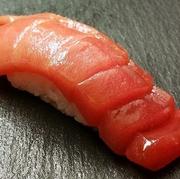 中トロ ・金目鯛 ・穴子 ・赤貝 ・平貝など