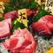 マグロの様々な部位を一度に味わえる贅沢な一皿『鮪味比べ五種盛り』