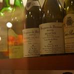 フレンチとの相性がよいワインが豊富にラインナップ